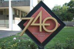 740 river sign