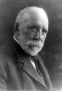 Frederick Weyerhaeuser circa 1900. Courtesy Minnesota Historical Society.