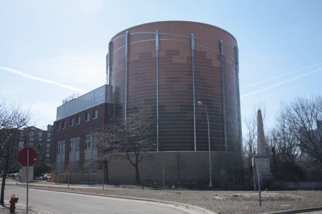 District Energy St. Paul's secondary cooling facility at 229 10th Street East.