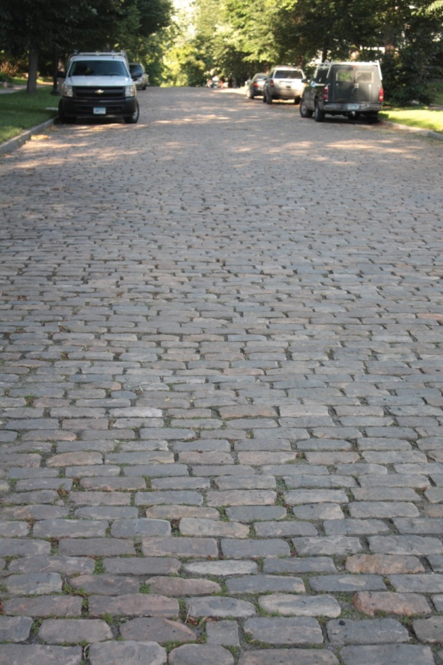 Granite cobblestones cover the 900 block of Osceola.