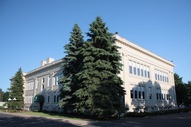 The former Richards Gordon School opened to students and staff in 1911.