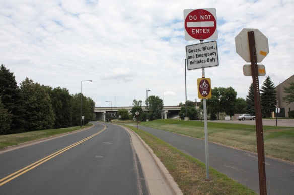 This bus-bike road goes between the U of M's Saint Paul and Minneapolis campuses (campi?) For the bike rider it's a smooth, relatively safe and direct route to go between one another or points along the way.