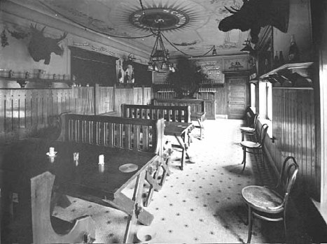 The interior of the Rathskeller during the heyday of the brewery. Courtesy of the Minnesota Historical Society