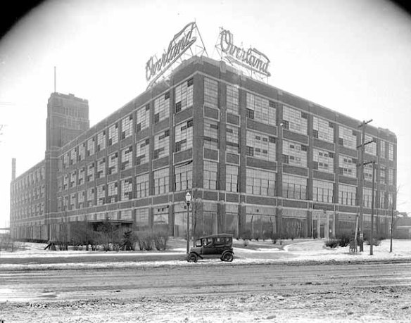 The Willys-Overland Building circa 1917. The address then was 2572 University Avenue.