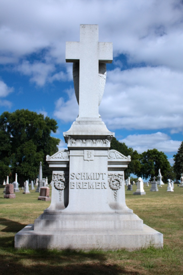 The back side of the large monument of the Schmidt-Bremer brewing family.