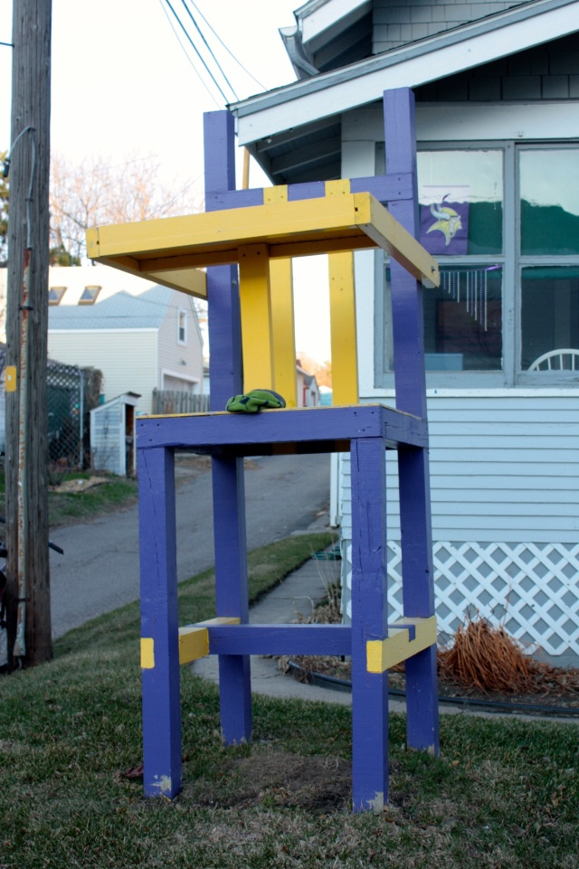 "A jumbo high chair, tinted in Minnesota Vikings'  purple and gold, shouts out to all, ""Vikings fans live here!"" and ""This is a bachelor pad!"" 672 Fairview Avenue North."