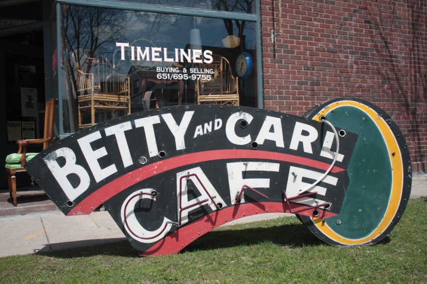 betty and carl sign