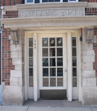 The Snelling Avenue entrance to the Snelling Apartments.