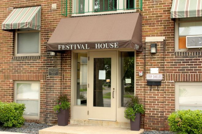 The entrance to the recently closed Festival House, a low cost alternative to hotels for families of HealthEast patients.