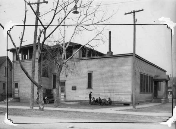 Mill Street School, 364 Mill Street on the Upper Levee in 1931. Courtesy Minnesota Historical Society