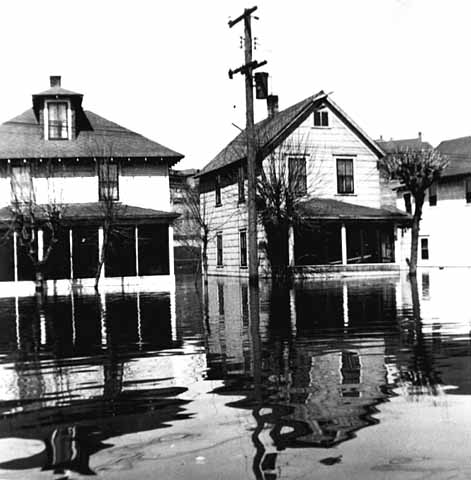upper levee floods 1952