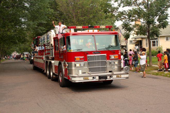 A Saint Paul Fire Department Rig.