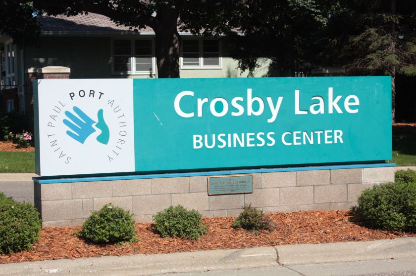 Crosby Lake biz center 1
