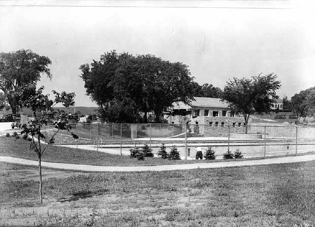 In less than two years the Highland Park Pool underwent quite a change. June 1937 photo Courtesy Minnesota Historical Society.