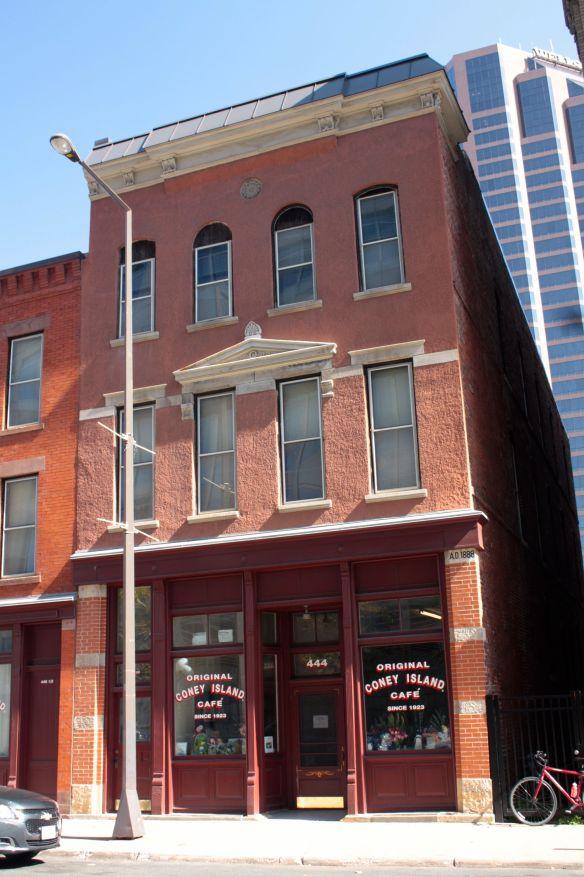 A better look at 444 St. Peter Street.