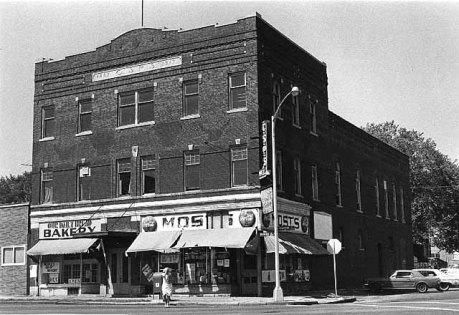 C.S.P.S. Hall had a main floor grocery in 1976. Courtesy Minnesota Historical Society.