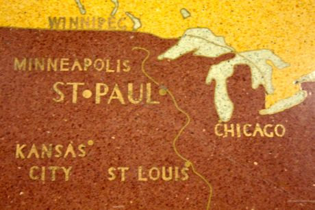 """""""St. Paul"""" is in larger type than """"Minneapolis"""", as it should be."""