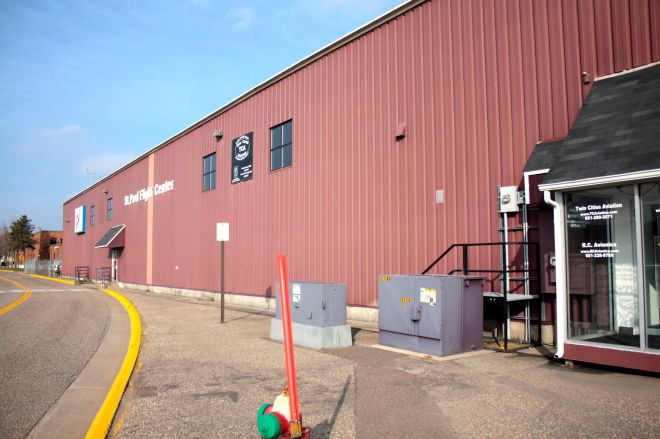 St. Paul Flight Center is a concierge service for people and aircraft that fly in and out of the Downtown Airport. (2)