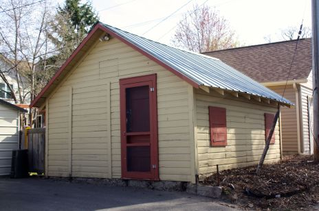 This garage sits on the alley behind Lincoln Avenue, just east of Finn.