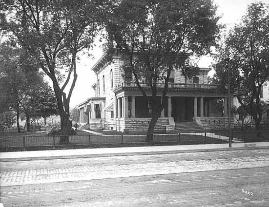 855 W 7th Street c 1920