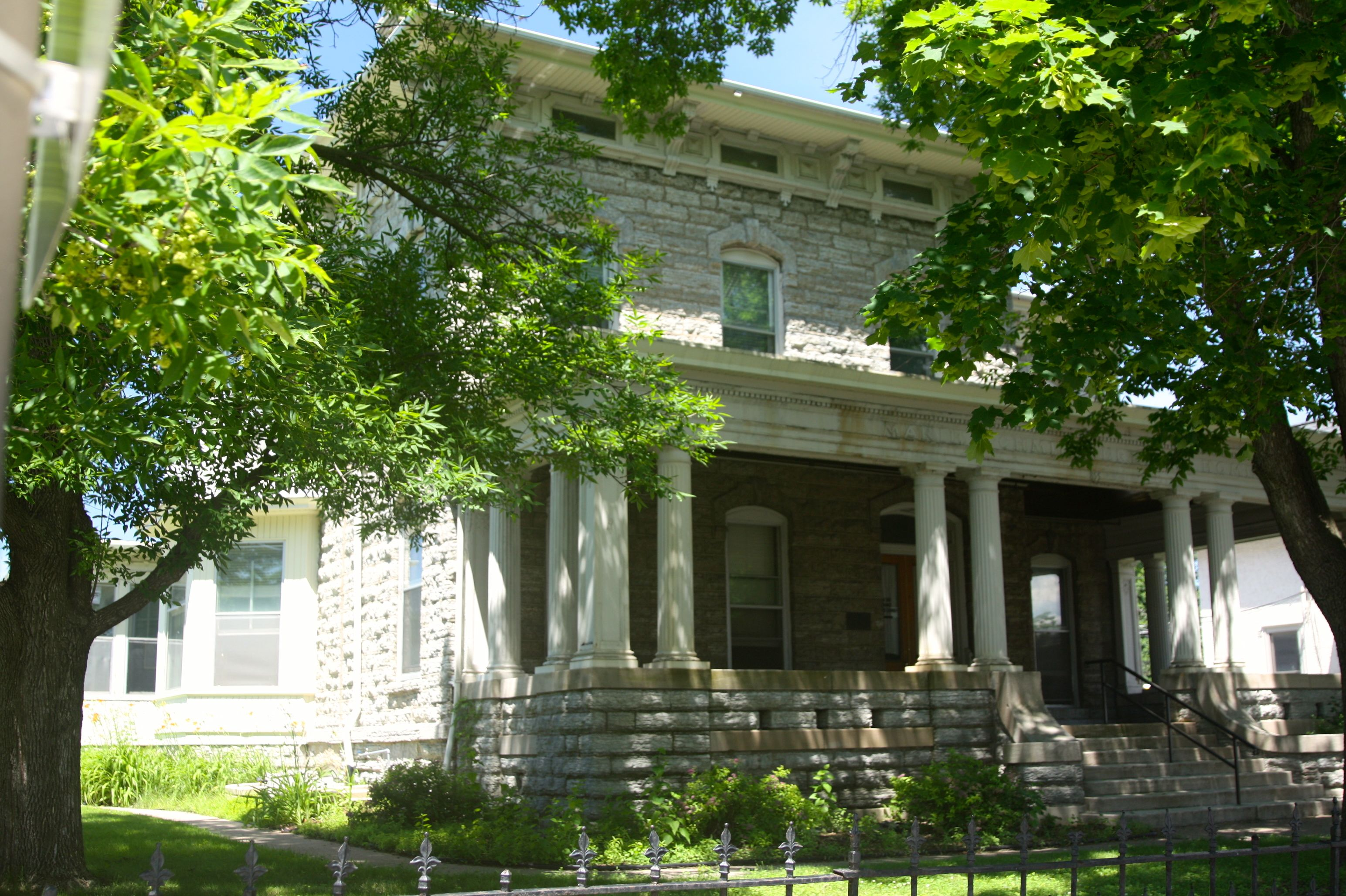 Built for the Stahlmann family, this became home to the Schmidt family in the early 1900s.