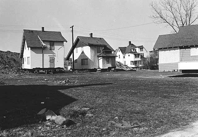 Houses scheduled to be moved to abandoned and city-owned lots 4-78