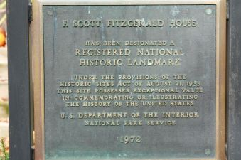 The National Historic Landmark plaque outside 599 Summit Avenue.