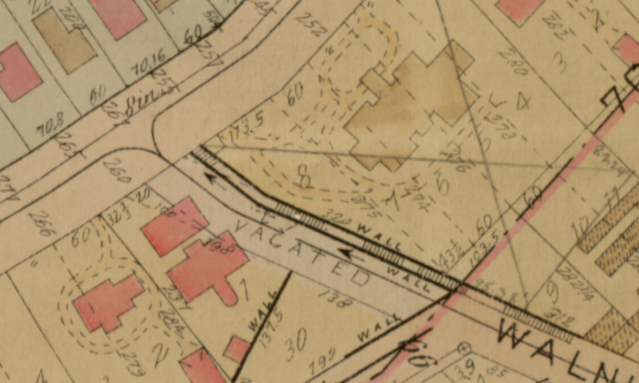 A small portion of the 1916 plat map of what is called Dayton and Irvine Addition. By this time, the city had agreed to vacate a portion of Walnut Street and add it to Louis Hill's property. The James J. Hill House, 252 Summit is at  the top center. Louis Hill's home is to the left.