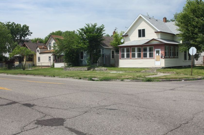 Meanwhile, these homes are on the same block as 799 Pierce Butler, but are the closest to Grotto.