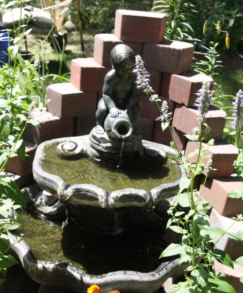 The fountain is an O'Connor family heirloom.
