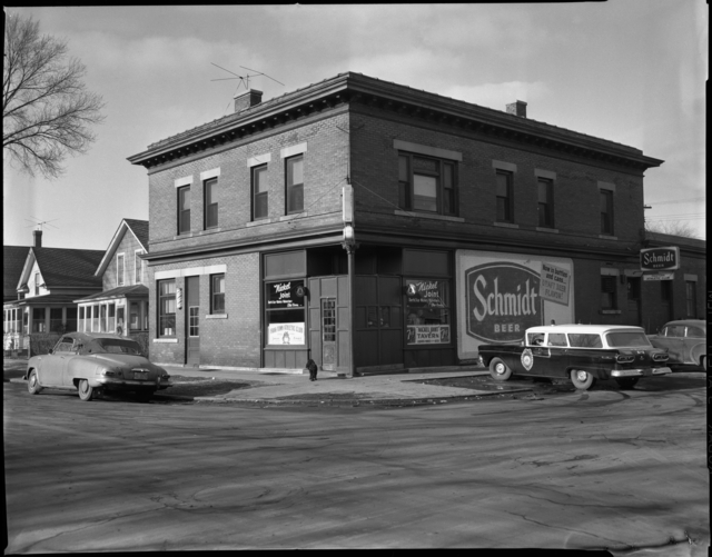 The Nickle Joint in 1957, when it was strictly a Schmidt bar.