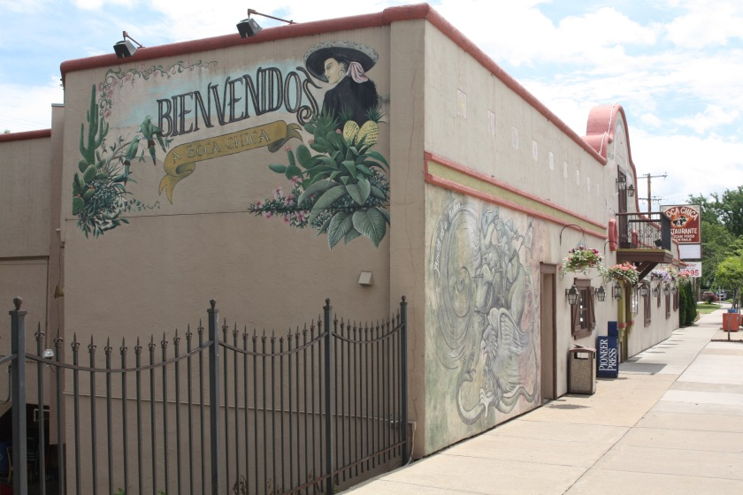 Another example of the colorful West Side is the paintings on the Boca Chica restaurant.
