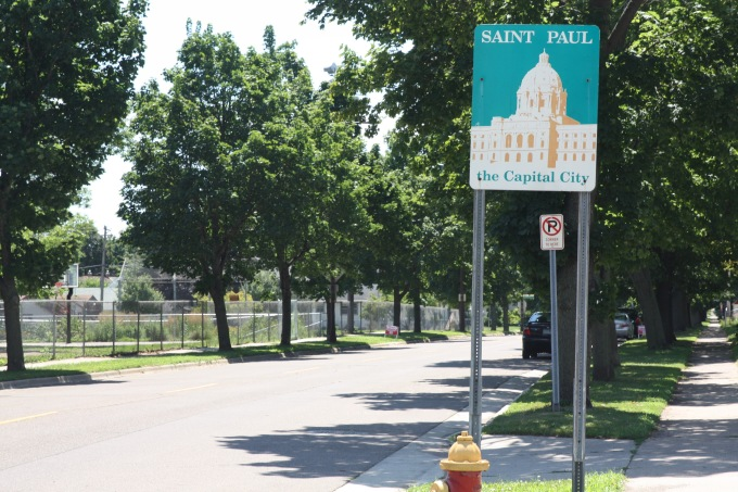 Looking south along Hamline Avenue into Saint Paul from just inside Falcon Heights.