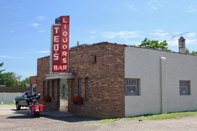 One of the coolest looking bars in Saint Paul is Ted's at 1084 Larpenteur. From the neon sign, to the metal door and the overhang above, this is a gem from a bygone time.