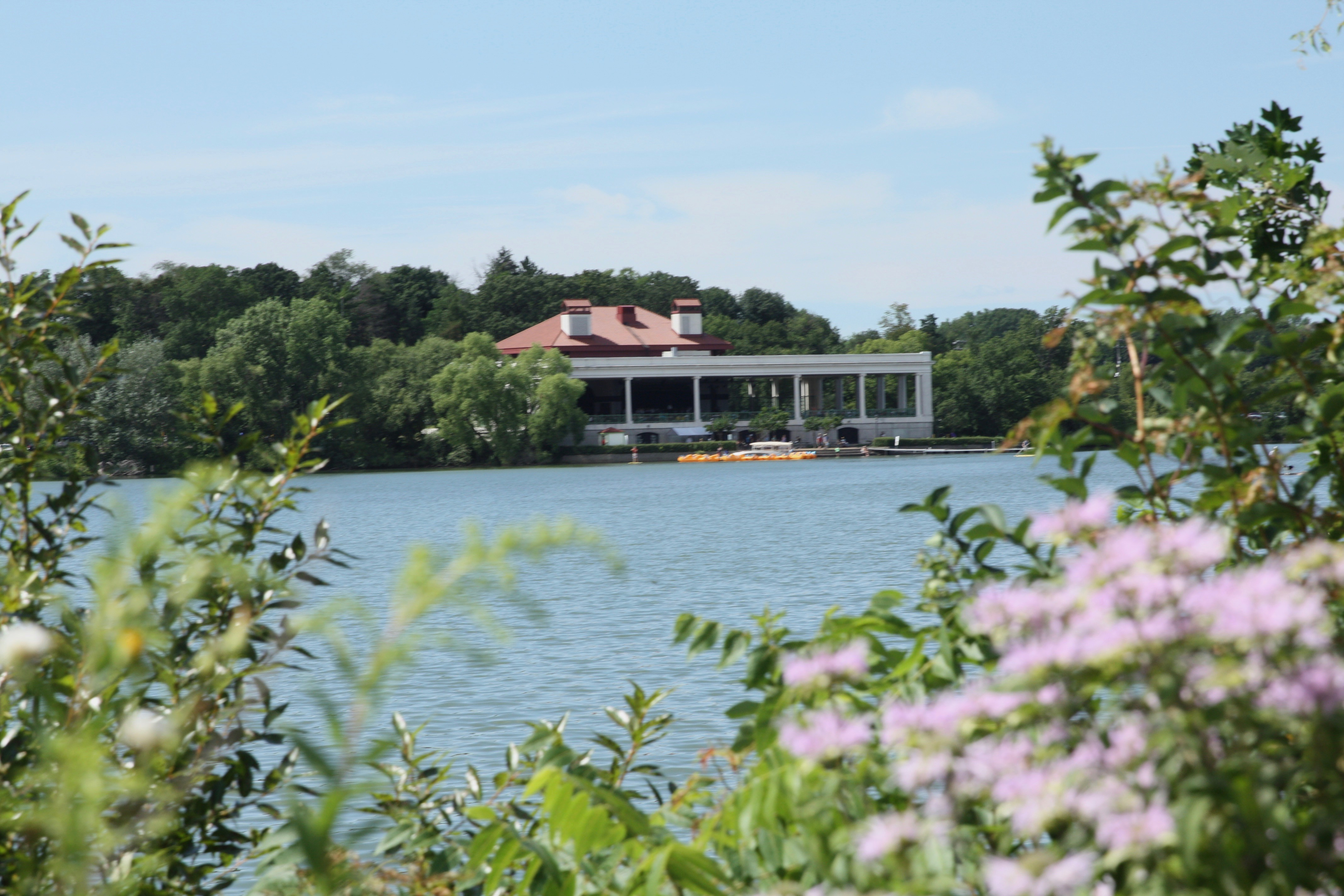 It goes without saying (so why did I say it?) that Como Lake and Como Lakeside Pavilion are the two best known features of the park.