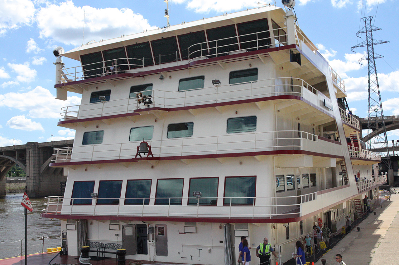 The bow of the five-deck Mississippi. The pilothouse, where navigation is done, is the top level.
