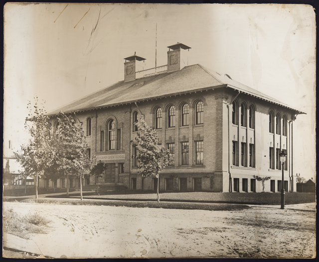 Benjamin Drew School, Lafond and Avon, circa 1900. Photo courtesy Minnesota Historical Society