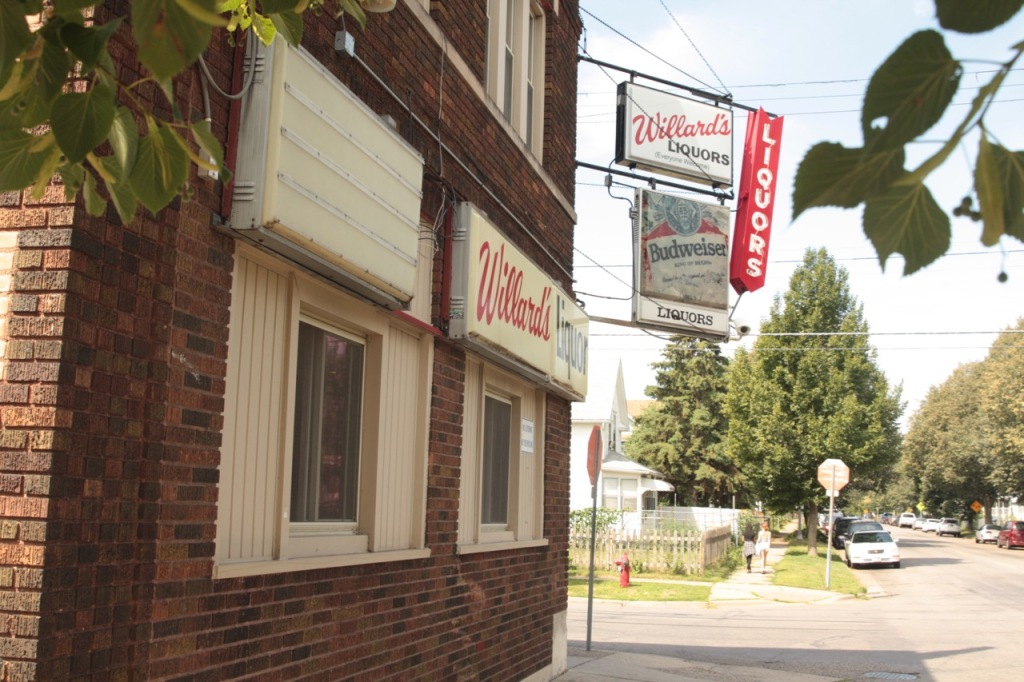 Willard's Liquors at 738 Thomas Avenue.