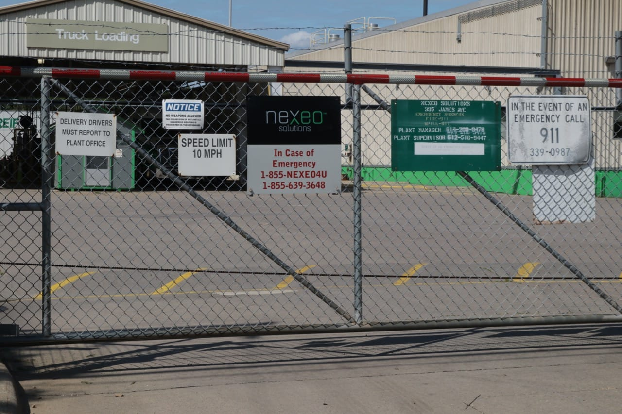 Nexeo/Univar is a distributor of chemicals which explains the abundance of signs and the barbed wire atop the fence.